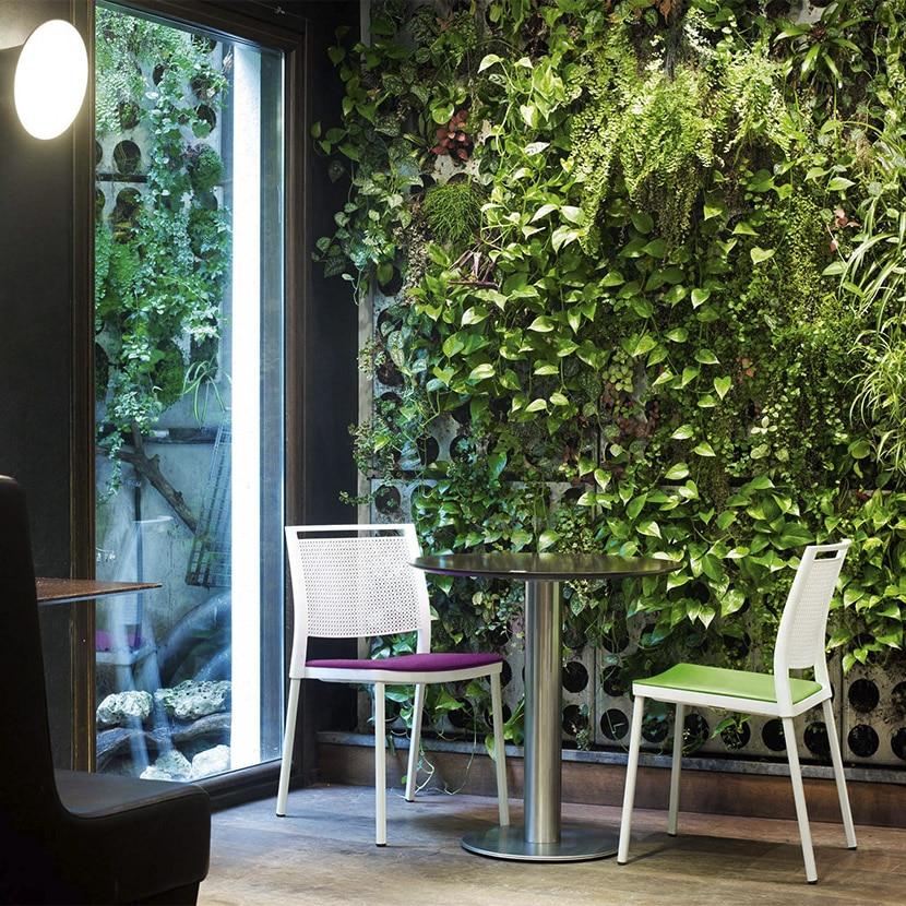 Mobiliario de oficina y contract con la naturaleza como estilo decorativo