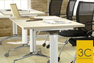 Mesas con ruedas multifuncionales